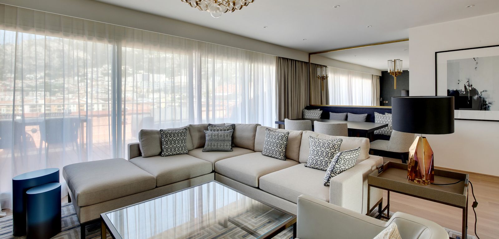Penthouse_Living_Room_Serviced_Apartments_Columbus_Monte-Carlo